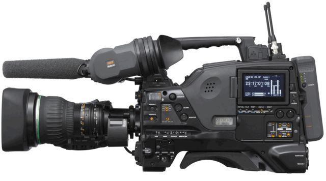 PDW-F800002.jpg - large